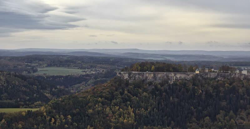 Aussicht vom Lilienstein auf die Festung Königstein