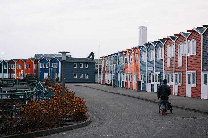 Krabbenbuden im Hafen von Helgoland