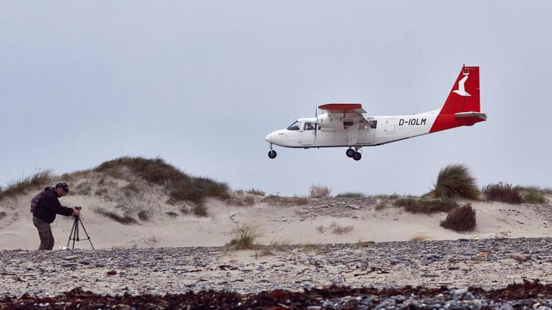 zum Greifen nahe - Flugplatz Helgoland Düne